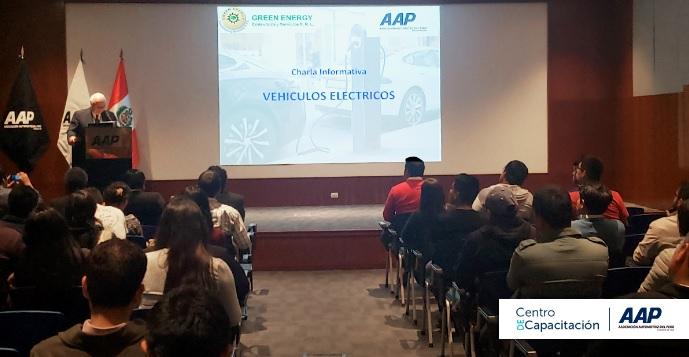 AAP brindó charla informativa sobre vehículos eléctricos