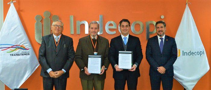 Indecopi y Transitemos firman convenio por derechos del consumidor