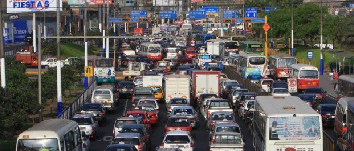 AAP: Solución al problema del tránsito va más allá de reducir límite de velocidad