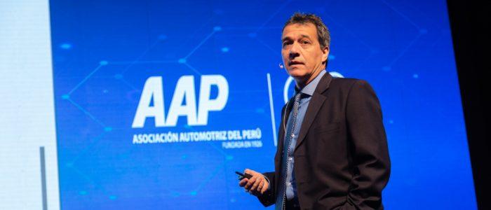 Alonso Segura: Perú debe romper la dependencia de factores externos si quiere crecer